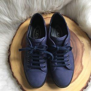 Tod's slightly platform leather sneakers EUC